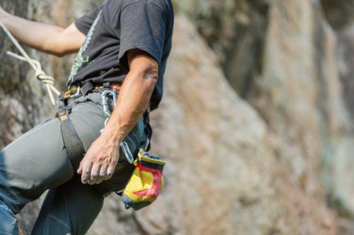 Die perfekten Hosen zum klettern für Ouddoor und Indoor.